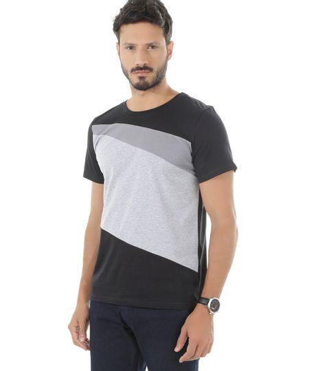 Camiseta com Recortes Preta