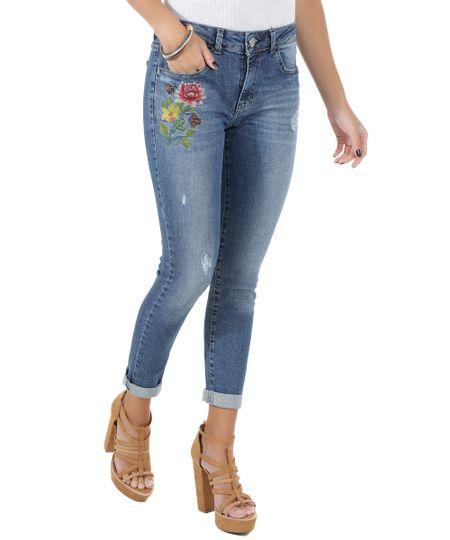 Calça Jeans Skinny com Bordado Azul Médio