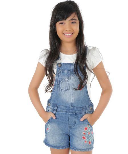Jardineira Jeans com Bordado Azul Médio