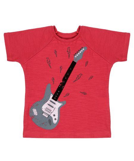 Camiseta com Estampa de Guitarra Vermelha