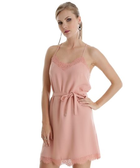 Vestido com Renda Rosa Claro