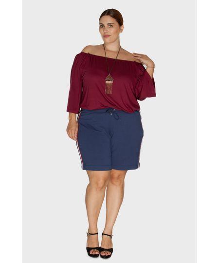 Short com Fita Lateral Plus Size