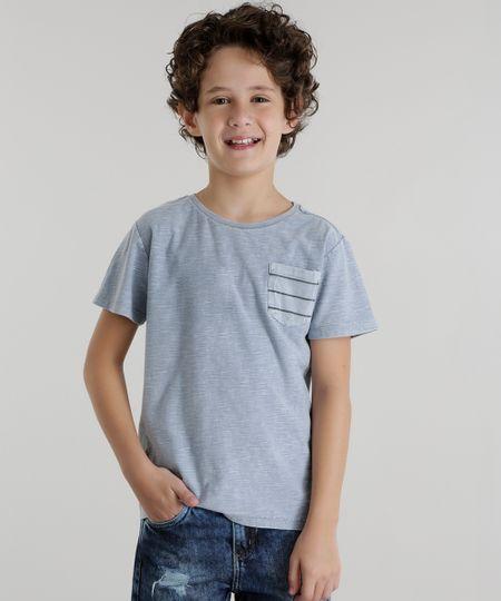 Camiseta com Bolso Azul Claro