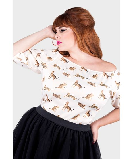 //www.cea.com.br/blusa-ombro-a-ombro-cats-day-plus-size-2133620/p