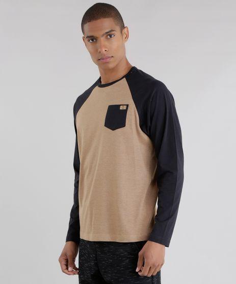 Camiseta-com-Bolso-Caramelo-8616145-Caramelo_1