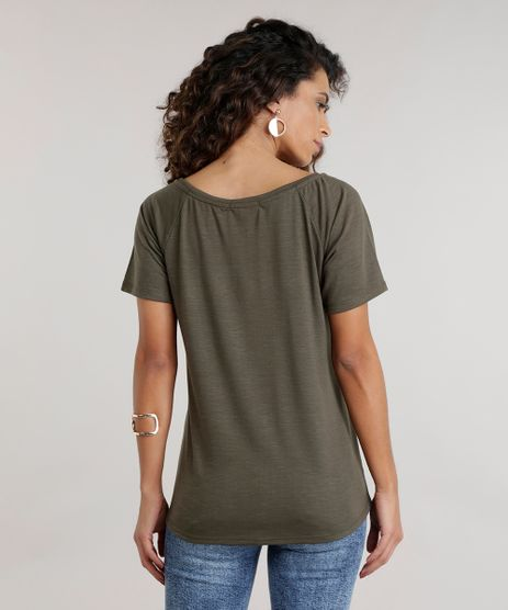 //www.cea.com.br/blusa--basic-is-the-new-black--verde-militar-8607676-verde_militar/p