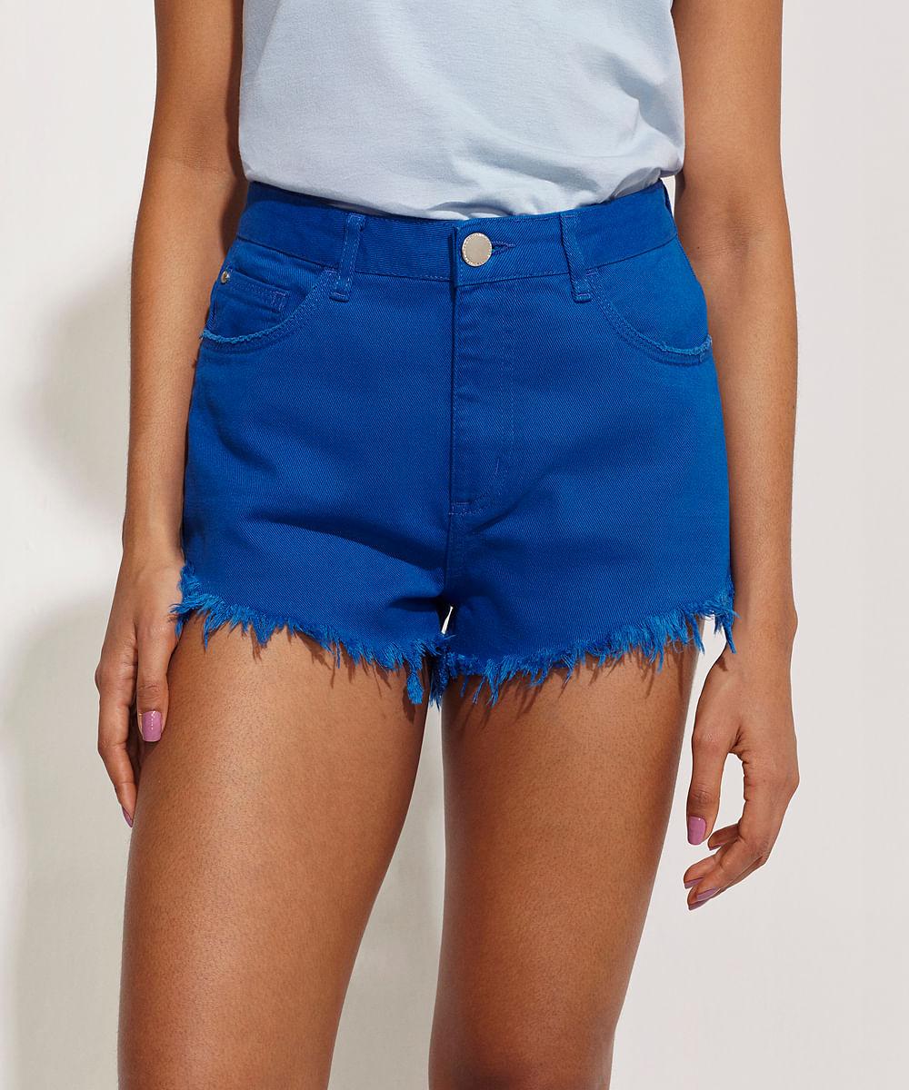 CeA Short Feminino Pantone de Sarja Cintura Alta com Bolso Barra Desfiada Azul