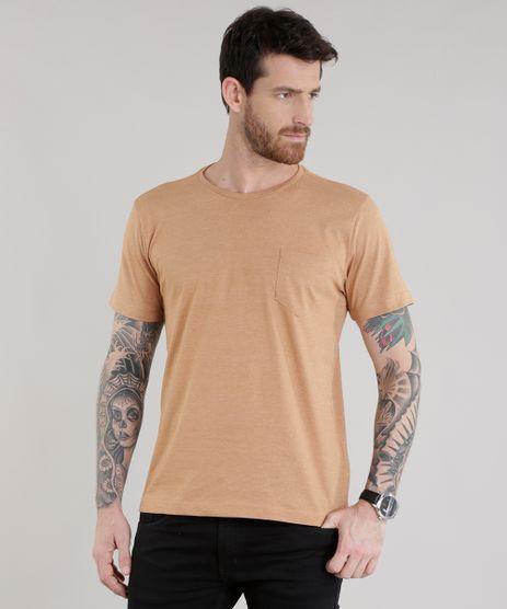 Camiseta-com-Bolso-Caramelo-8540944-Caramelo_1
