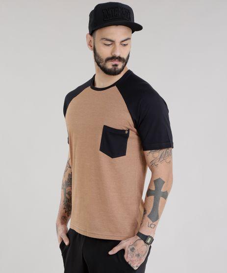 Camiseta-com-Bolso-Caramelo-8754505-Caramelo_1