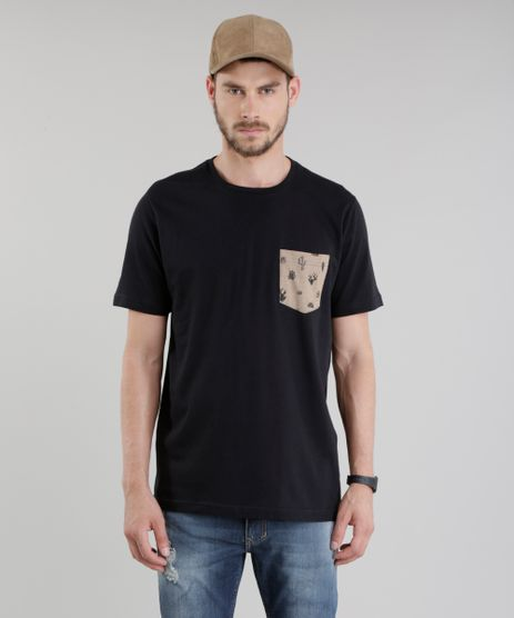 Camiseta-com-Bolso-Estampado-de-Cactos-Preta-8775525-Preto_1