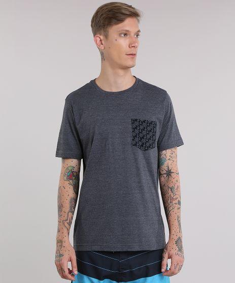 Camiseta-com-Bolso-Estampado-de-Coqueiros-Cinza-Mescla-Escuro-8788289-Cinza_Mescla_Escuro_1