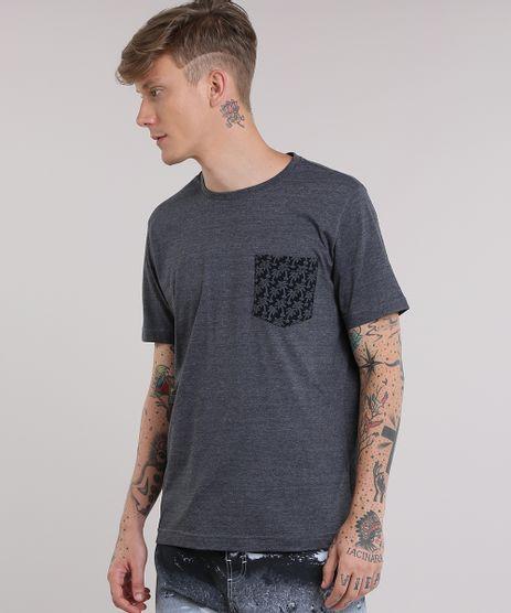 Camiseta-com-Bolso-Estampado-de-Coqueiros-Cinza-Mescla-Escuro-8788297-Cinza_Mescla_Escuro_1
