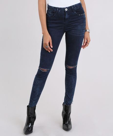 Calca-Jeans-Cigarrete-Destroyed-com-Ilhos-Azul-Escuro-9023268-Azul_Escuro_1