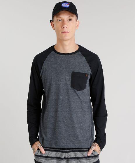 Camiseta-Masculina-com-Bolso-Manga-Longa-Raglan-Gola-Careca-Cinza-Mescla-Escuro-8582091-Cinza_Mescla_Escuro_1