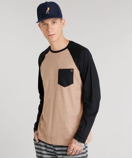 Camiseta-Masculina-com-Bolso-Manga-Longa-Raglan-Gola-Careca-Marrom-8582091-Marrom_1