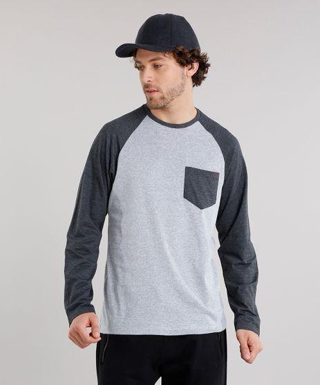 Camiseta-Masculina-Raglan-com-Bolso-Manga-Longa-Gola-Careca-Cinza-Mescla-9120518-Cinza_Mescla_1