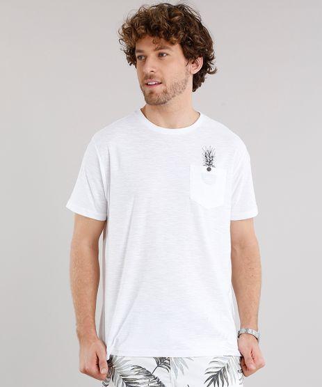Camiseta-Masculina-com-Estampa-de-Abacaxi-e-Bolsos-Manga-Curta-Gola-Careca-Branca-8963233-Branco_1