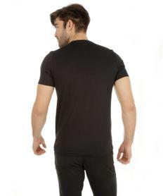Camiseta-com-Estampa-Geometrica-Preta-8125714-Preto_2