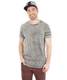 Camiseta-com-Estampa-Listrada-Cinza-8156141-Cinza_1