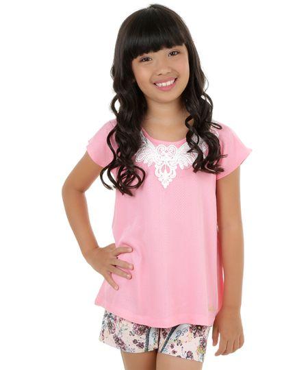 Blusa com Guipir Barbie Rosa Claro