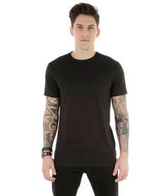 Camiseta-Longa-com-Bolso-Preta-8304754-Preto_1