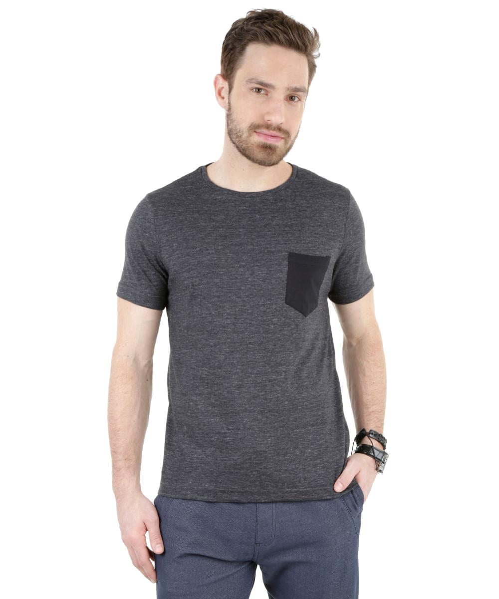 Camiseta-com-Bolso-Preta-8333618-Preto_1