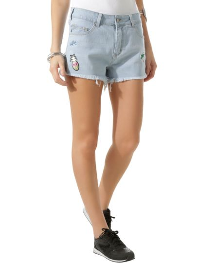 Short Jeans com Patch Azul Claro