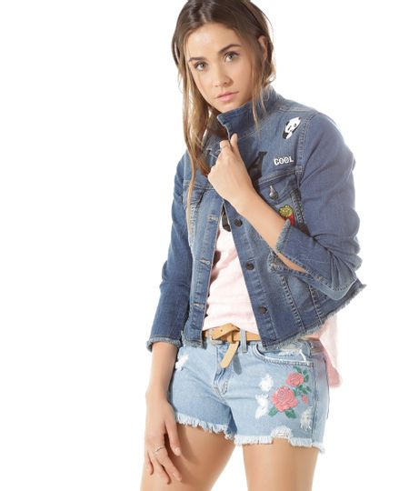 Jaqueta Jeans com Patchs Azul Médio