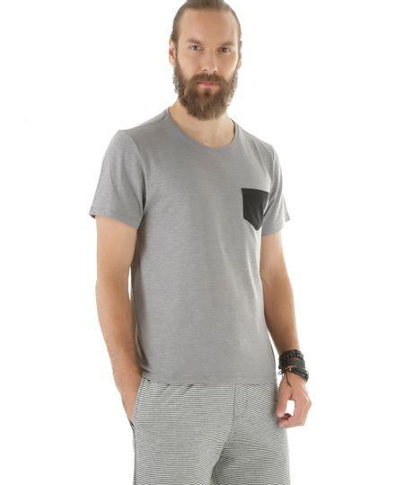 Camiseta Flamê com Bolso Cinza Mescla