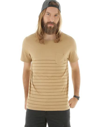Camiseta com Bolso Kaki