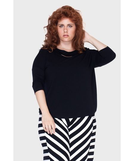 Blusa Revel Fenda Plus Size