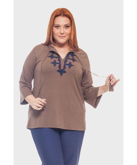 Blusa Bordado Bicolor Plus Size