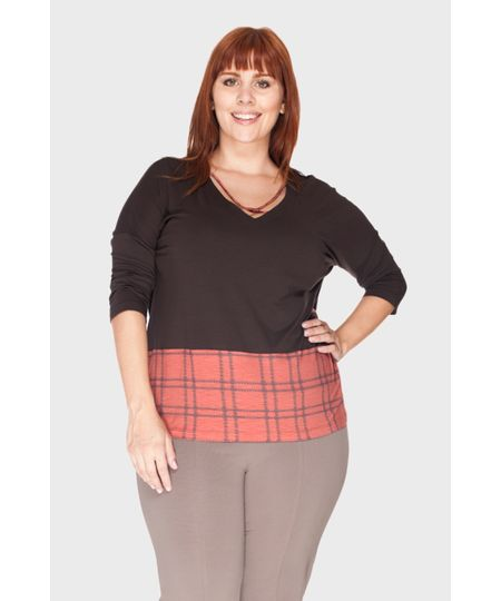 Blusa Barra Estampada Plus Size