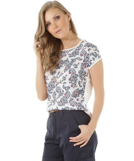 Blusa com Estampa Paisley Off White