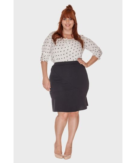 Saia Assimétrica Plus Size