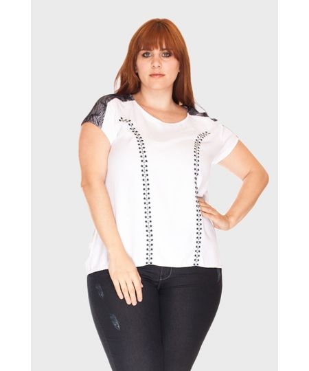 Blusa Renda Bordado Plus Size