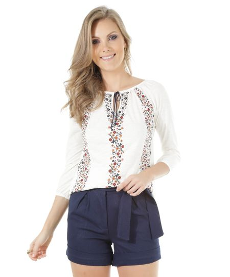 Blusa com Estampa Floral Off White