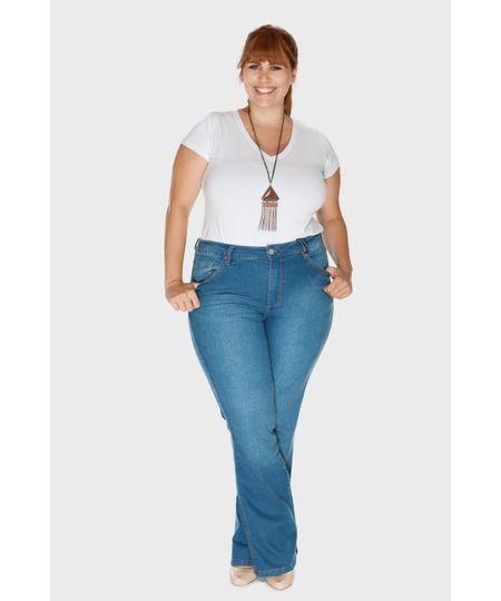 Calça Jeans Flare Média Plus Size