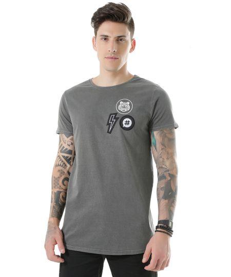 Camiseta Longa com Patchs Chumbo