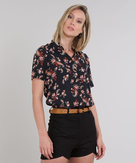 Camisa-Feminina-Estampada-Paisley-com-Fenda-Manga-Curta-Preta-9596914-Preto_1