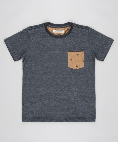 Camiseta-Infantil-com-Bolso-Estampado-de-Flamingo-Manga-Curta-Cinza-Mescla-Escuro-9605092-Cinza_Mescla_Escuro_1