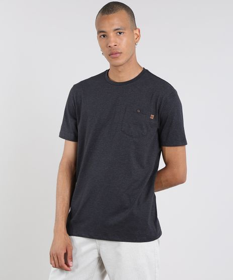 Camiseta-Masculina-com-Bolso-Manga-Curta-Gola-Careca-Preta-9605339-Preto_1