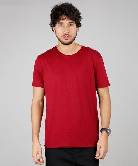 Camiseta-Masculina-Basica-com-Bolso-Manga-Curta-Gola-Careca-Vinho-9594430-Vinho_1