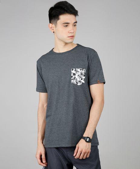 Camiseta-Masculina-com-Bolso-Estampado-Tropical-Manga-Curta-Gola-Careca-Cinza-Mescla-Escuro-9619153-Cinza_Mescla_Escuro_1
