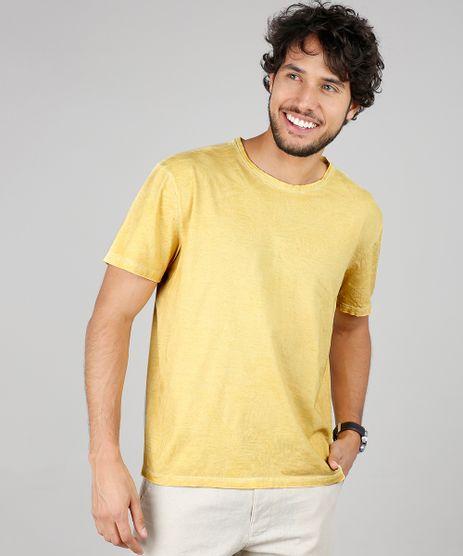 Camiseta-Masculina-Estampada-de-Folhagem-Manga-Curta-Gola-Careca-Amarela-9616582-Amarelo_1