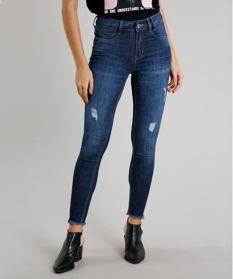 Calca-Jeans-Feminina-Sawary-Super-Skinny-com-Rasgos-Barra-Desfiada-Azul-Escuro-9619271-Azul_Escuro_1