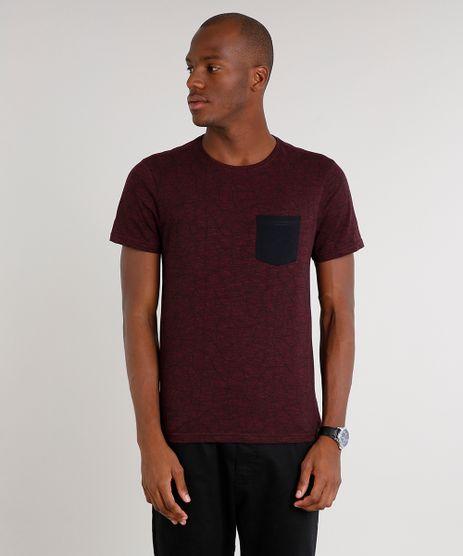 Camiseta-Masculina-Slim-Fit-Estampada-com-Bolso-Manga-Curta-Gola-Careca-Vinho-9592980-Vinho_1