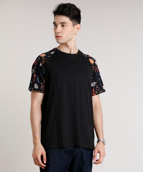 Camiseta-Masculina-Raglan-com-Estampa-Floral-Manga-Curta-Gola-Careca-Preta-9511105-Preto_1