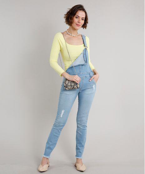 Macacao-Jeans-Feminino-Skinny-com-Bolsos-e-Puidos-Azul-Claro-9670247-Azul_Claro_1