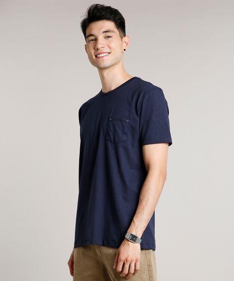 Camiseta-Masculina-Basica-com-Bolso-Manga-Curta-Gola-Careca-Azul-Marinho-9656087-Azul_Marinho_1